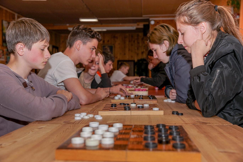 Турнир по шашкам!
