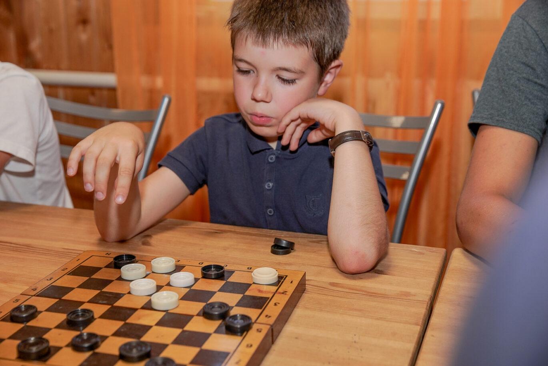 Картинки про шашки прикольные, открытки дню