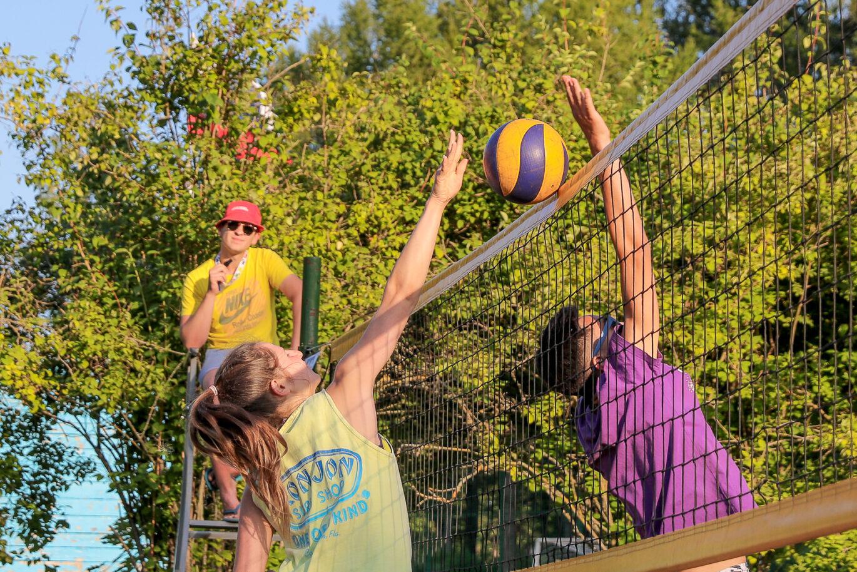 Турнир по волейболу!