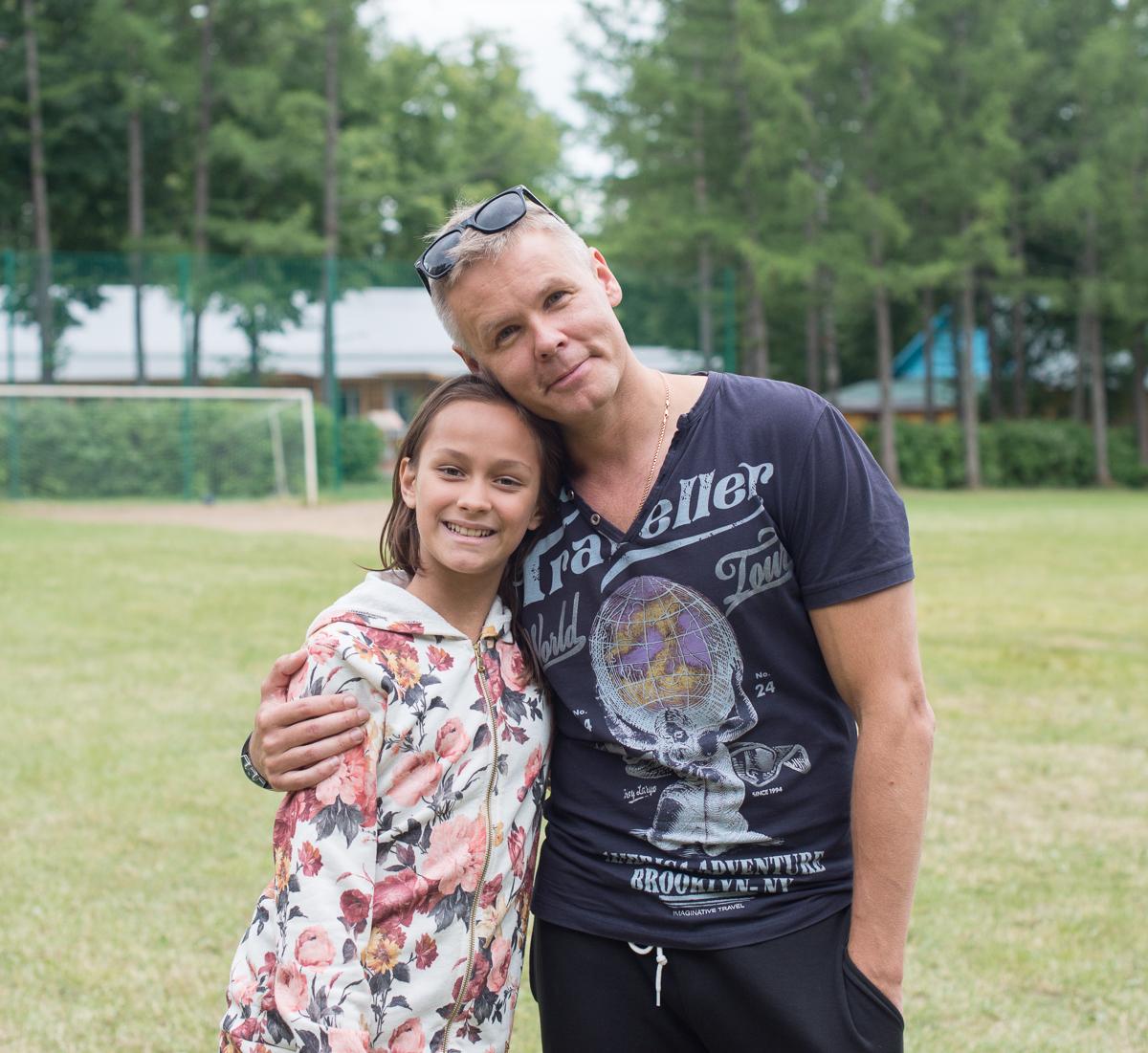 мелкие, илья соколовский и его супруга фото можно использовать