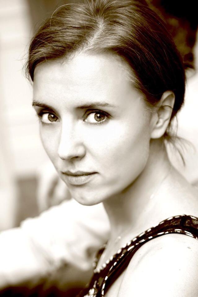 Творческая посиделка с прекрасной актрисой Ксенией Алфёровой.