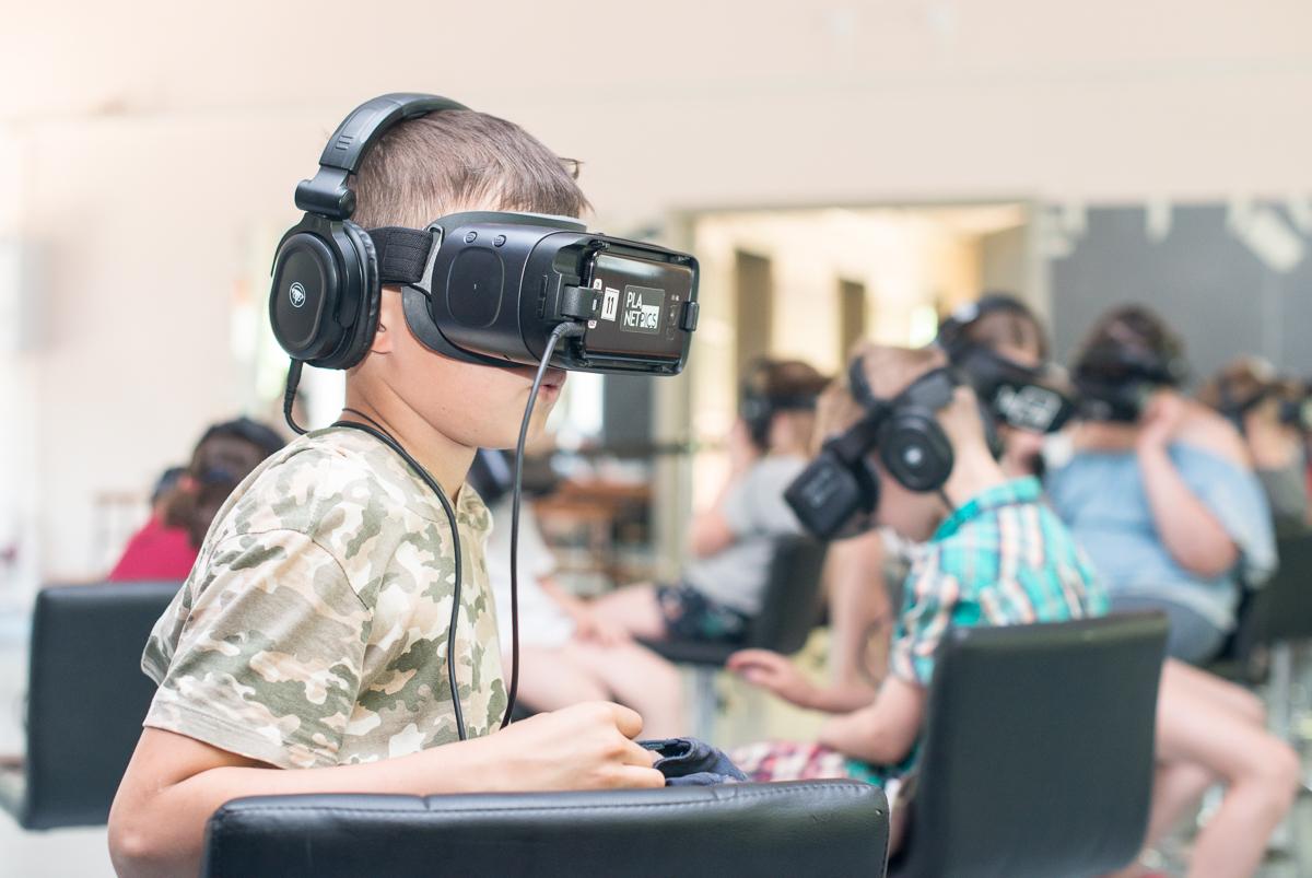 Виртуальный мир VR-шоу в ДРП!