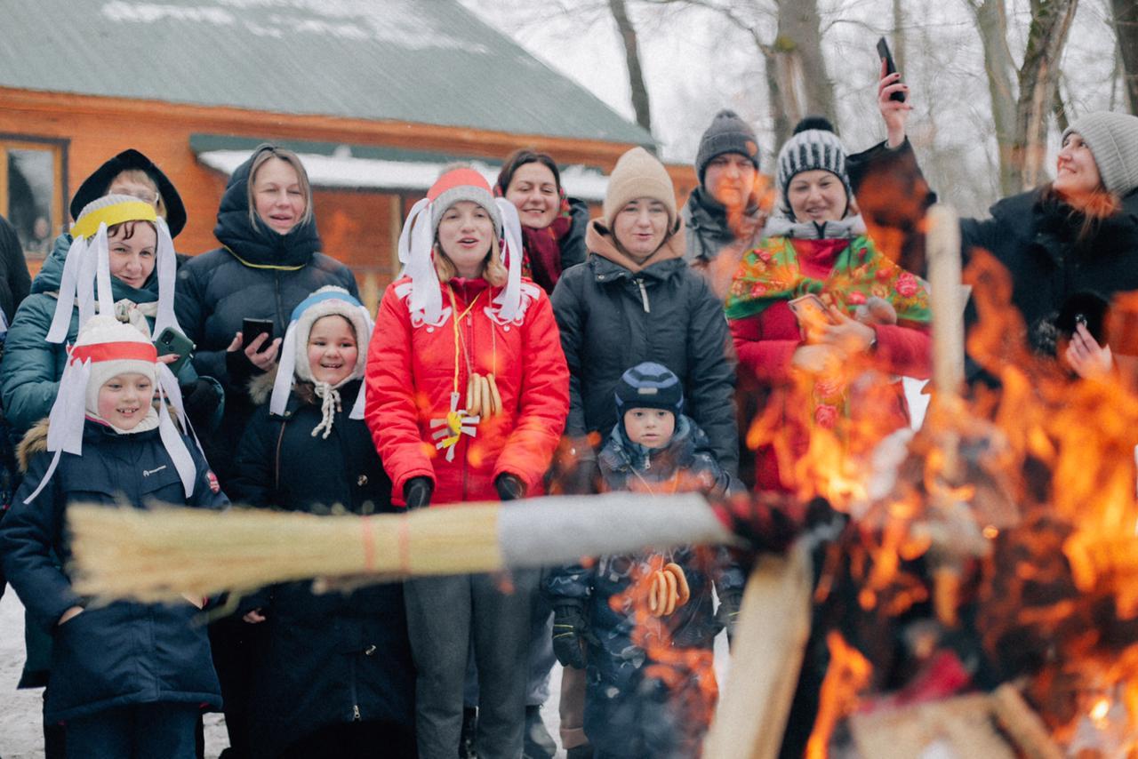 Традиции! Мы любим традиции, и мы их придумываем